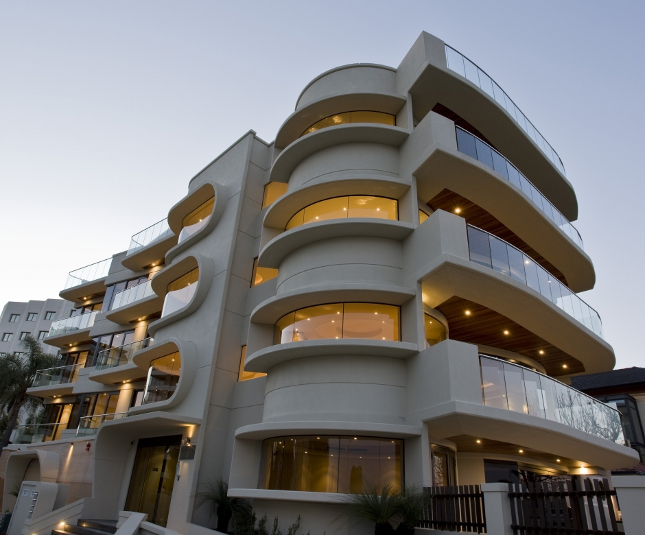 Kingdom Apartments, Located On The South Perth Foreshore, Consists Of Three  Luxury Apartments Within A Five Level Building. Completed 2008.
